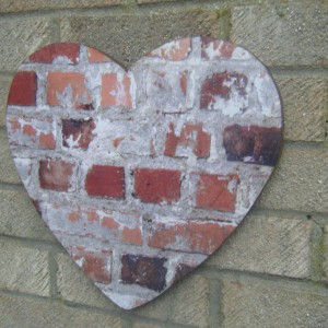 Brick Wall-art, Heart Design